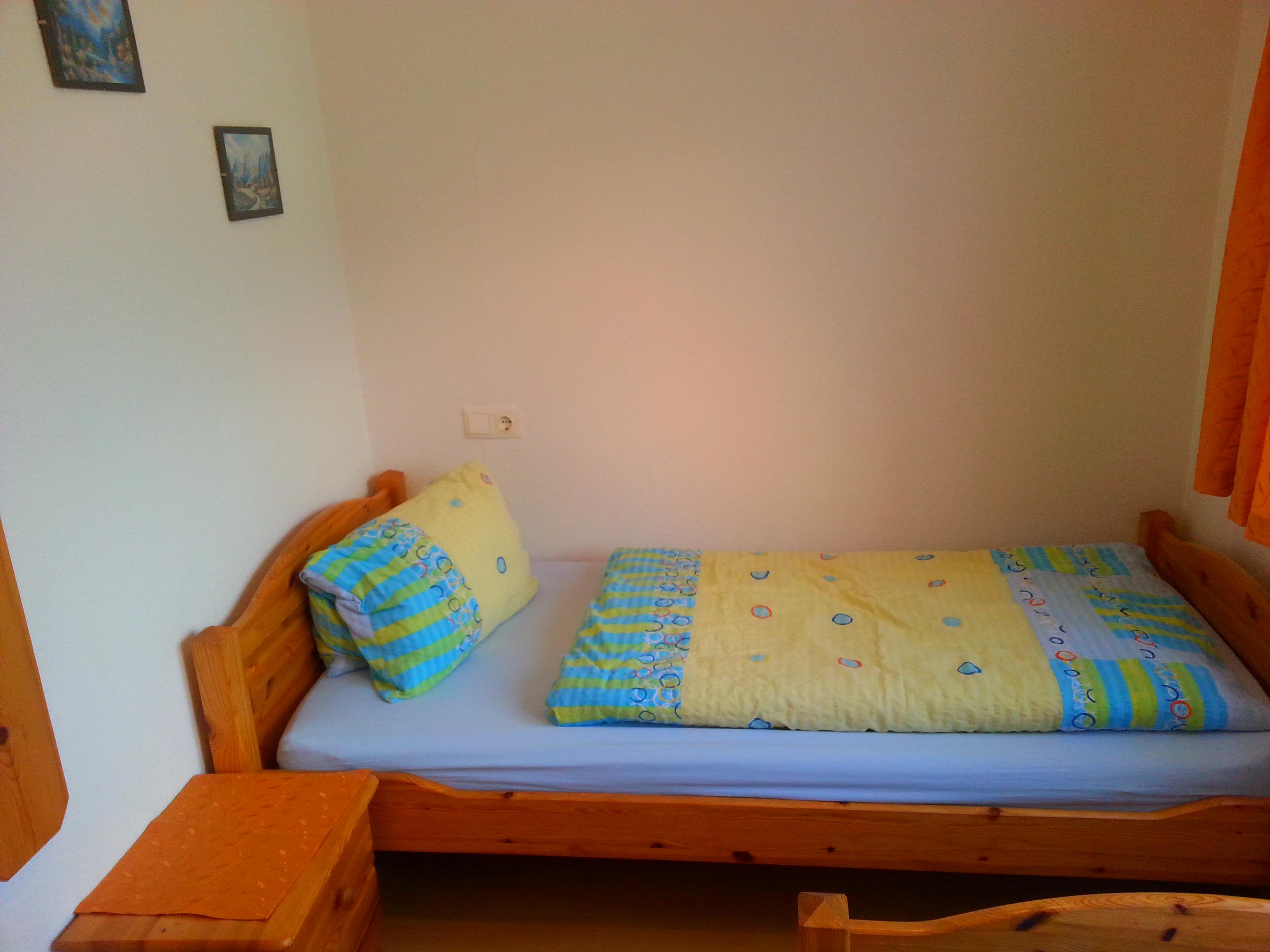 Schlafzimmer2b